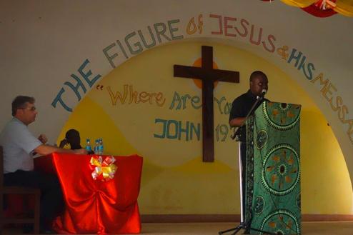 21-Tansania-Rev-Amadasu.jpg